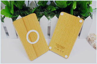 China iPhone 8 / 8 Plus / X Wood QI Charger 5W with 71% Charging Efficiency supplier