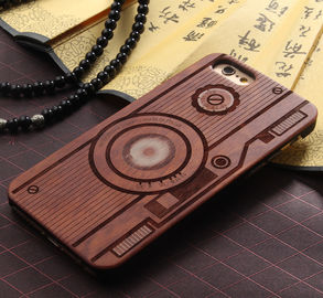 China Customized PC Solid Wood iPhone Case , Environmental Bamboo Wooden Cell Phone Covers supplier