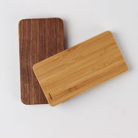 China Small Size 6000mAh Wooden Power Bank , Wireless Charging Battery Bank supplier