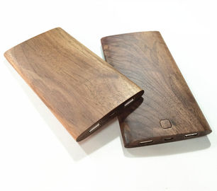 China 8000mAh Micro USB Port Wooden Power Bank with Overcharge Protect Function distributor