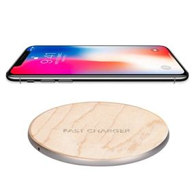 China Silver Base Wooden Wireless Charger / Cordless Charger with 73% Efficiency distributor