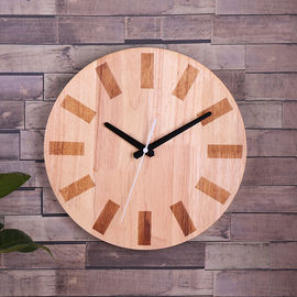 China Custom Hang On Wooden Clock Simple Round Shape for Home Decoration distributor