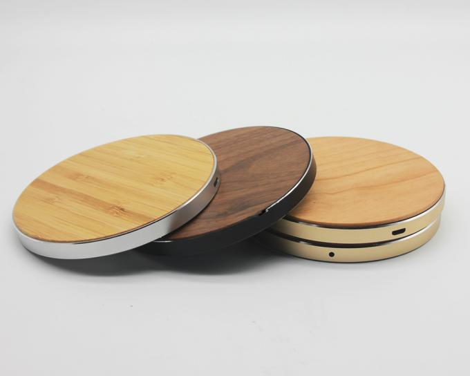 Solid Bamboo Surface Wooden Wireless Charger 120g Weight CE / RoHS Approved