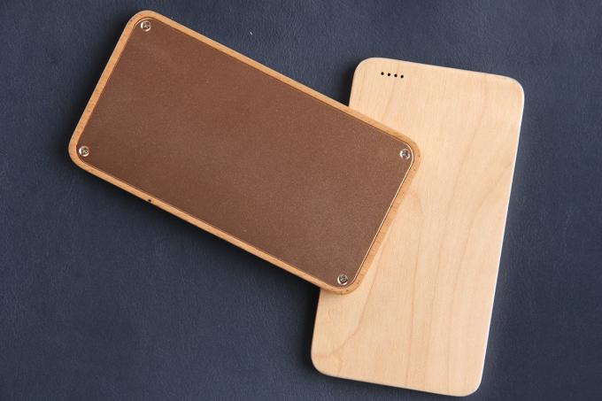 Custom Logo Ultra Slim Bamboo Phone Charger CE / RoHS / FCC Approval