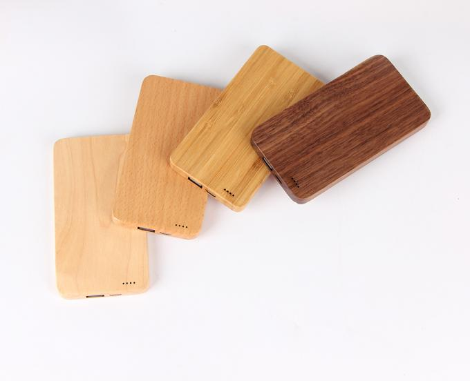 Small Size 6000mAh Wooden Power Bank , Wireless Charging Battery Bank
